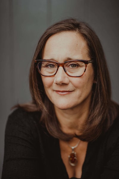 Dr. Lisa Dickinson, ND